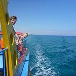 Foto de Yellow Boat Cruises