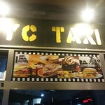 Foto de NYC Taxi Bar