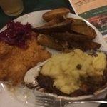 Фотография Cattle 'n Clover Irish Pub and Steak House