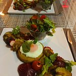 1 espaço q está sempre a surpreende. Seguimos a sugestão e experimentamos um prato vegetariano.