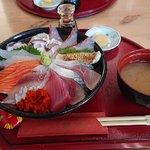鳥取砂鯛善海鮮丼~02_large.jpg