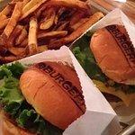 Foto de BurgerFi