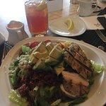 Photo de Terrace Pointe Cafe