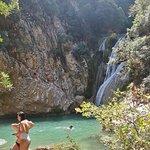 Polylimnio Waterfallの写真