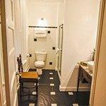 Bill Cody Room Bathroom