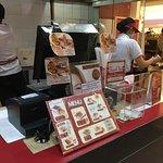 Foto de Shihlin Taiwan Snack Emporium Mall Pluit