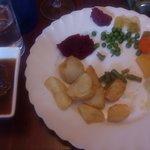 carne buonissima con vari contorni