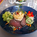 Entrée froide: Tatin de Poires et Foies Gras au Torchon, Bressaola de boeuf maison