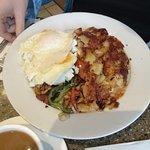 Photo de Gracie Mews Restaurant Corporation
