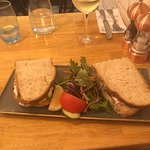 Фотография Quinlans Seafood Bar