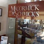 McCormick & Schmick's Seafood & Steaksの写真