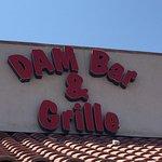 Foto Dam Bar & Grille