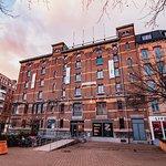 FOMU building, © Stijn Vanderdeelen