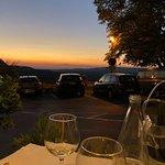 Vue sur le Luberon depuis l'Heure Bleue