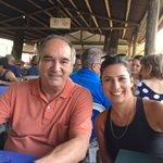 eu e minha filha no restaurante chevett