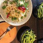 Thai Salat + Adamame Bohnen