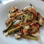wok de verduras y rape