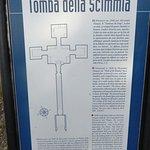 صورة فوتوغرافية لـ Tomba della Scimmia