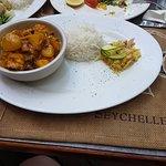Foto de Les Dauphins Heureux Cafe Restaurant
