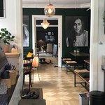 صورة فوتوغرافية لـ Tante Bruun Café