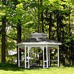 Relax in the riverside gazebo on the banks of the Crystal River.