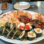 Saburo's Sushi House의 사진