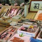 市場中食堂の写真