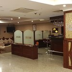 hotel lobby & the bar