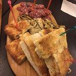 ภาพถ่ายของ Red and White Sas Wine Bar Sottovoce Restaurant
