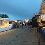 ภาพถ่ายของ Fish Auction Hall and Market