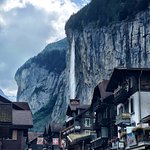 ภาพถ่ายของ Lauterbrunnen Valley Waterfalls