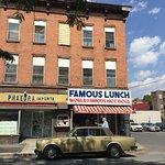 Photo de Famous Lunch