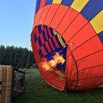 صورة فوتوغرافية لـ Skyward Balloons