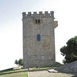 Uma das duas torres do castelo