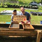 Foto de Cherokee Ruby & Sapphire Mine