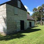 صورة فوتوغرافية لـ Kingsley Plantation