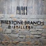 صورة فوتوغرافية لـ Limestone Branch Distillery