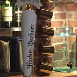 Foto de Pepi's Bar & Restaurant
