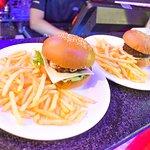 ภาพถ่ายของ The Hangout Bar & Restaurant