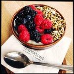 Foto de Hendersons Vegan Restaurant