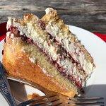 Sponge cake from cafe