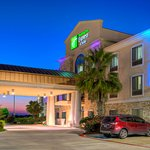 Holiday Inn Express Hotel & Suites Austin NE - Hutto
