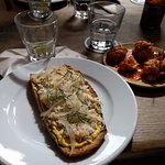 2 small plates: North sea crab on toast (w curry mayo & fennel); sweetcorn fritters w smoked tom