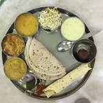 Foto de Hotel Priya & Restaurant