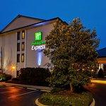 Holiday Inn Express Nashville - Hendersonville