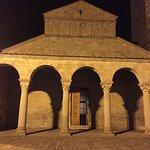Photo de Parish Church of Saint Peter at Pitiana