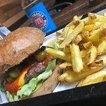 Foto de 3H's Burger & Chicken