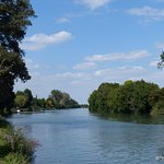 The Charente at Port D'Envaux - lovely to walk along
