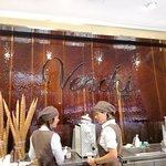 Foto di Venchi Cioccolato e Gelato, Firenze Via Calimaruzza, Piazza della Signoria