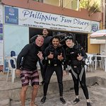 Newly certified open water divers with our instructor Frank Yamamoto on the left.